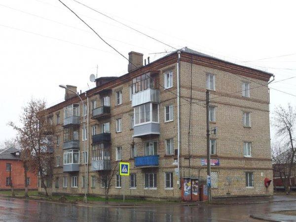«Калинка», медведи и пацанчики: Kavkaz Sila представили симулятор жизни в России